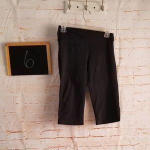 Lululemon Black Crop Workout Pants Size 6